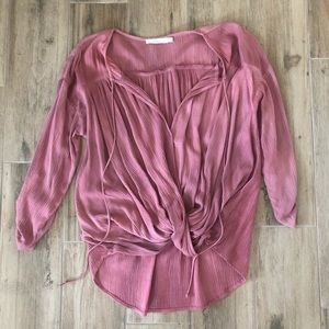 Peach blouse, perfect condition!